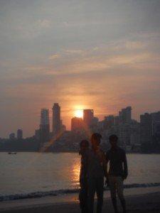 coucher de soleil chowpati beach